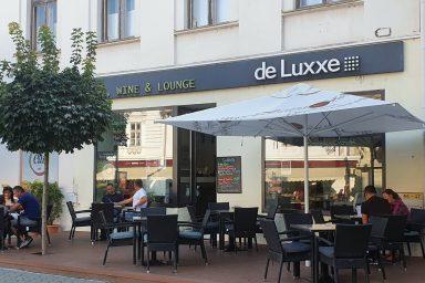 Családias kávézó a város szívében – De Luxxe Cafe