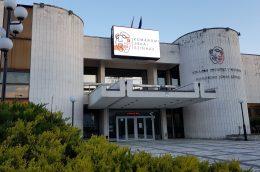 Újra bemehetnek a nézők a Komáromi Jókai Színházba