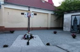 Trianon-emlékművet avattak Lakszakállason